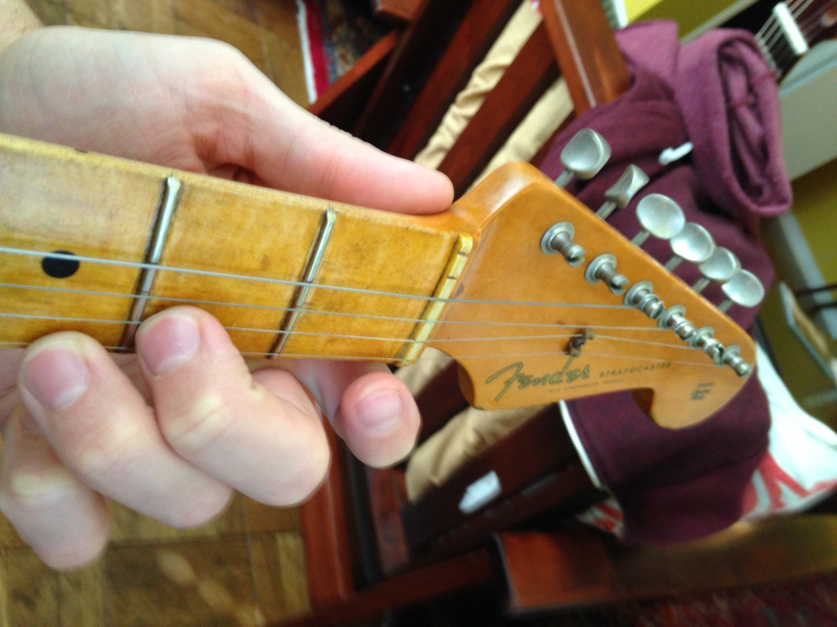 Mandolin for guitar players the mandolin is a weird little instrument and how to learn it fast if youre a guitar player hexwebz Images